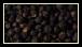 Les poivres noir est issu d'une liane exotique : le poivrier. Le grain de poivre change de couleur selon ses différents degrés de maturation et selon la manière dont il est traité.